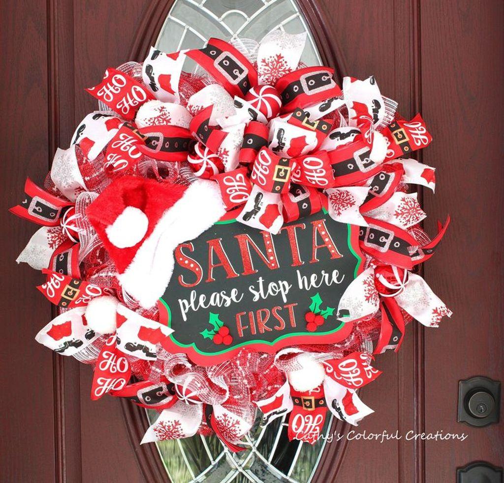 Creative Christmas Door Decoration Ideas To Inspire You 27