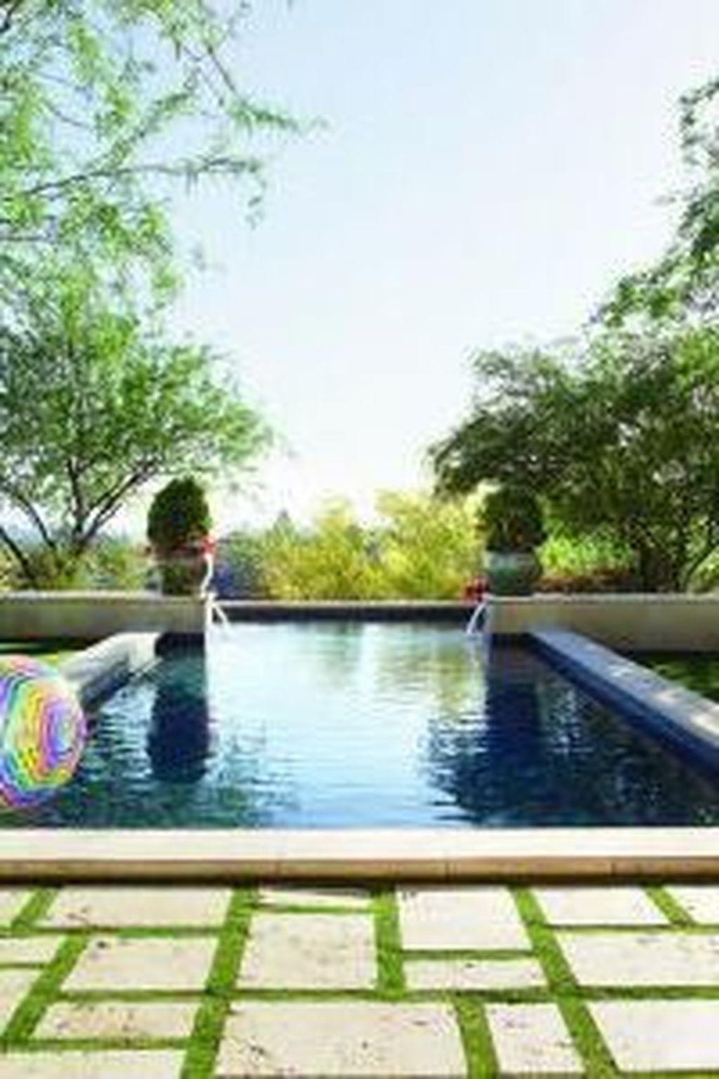 Elegant Black Swimming Pool Design Ideas That All Men Must Know 33