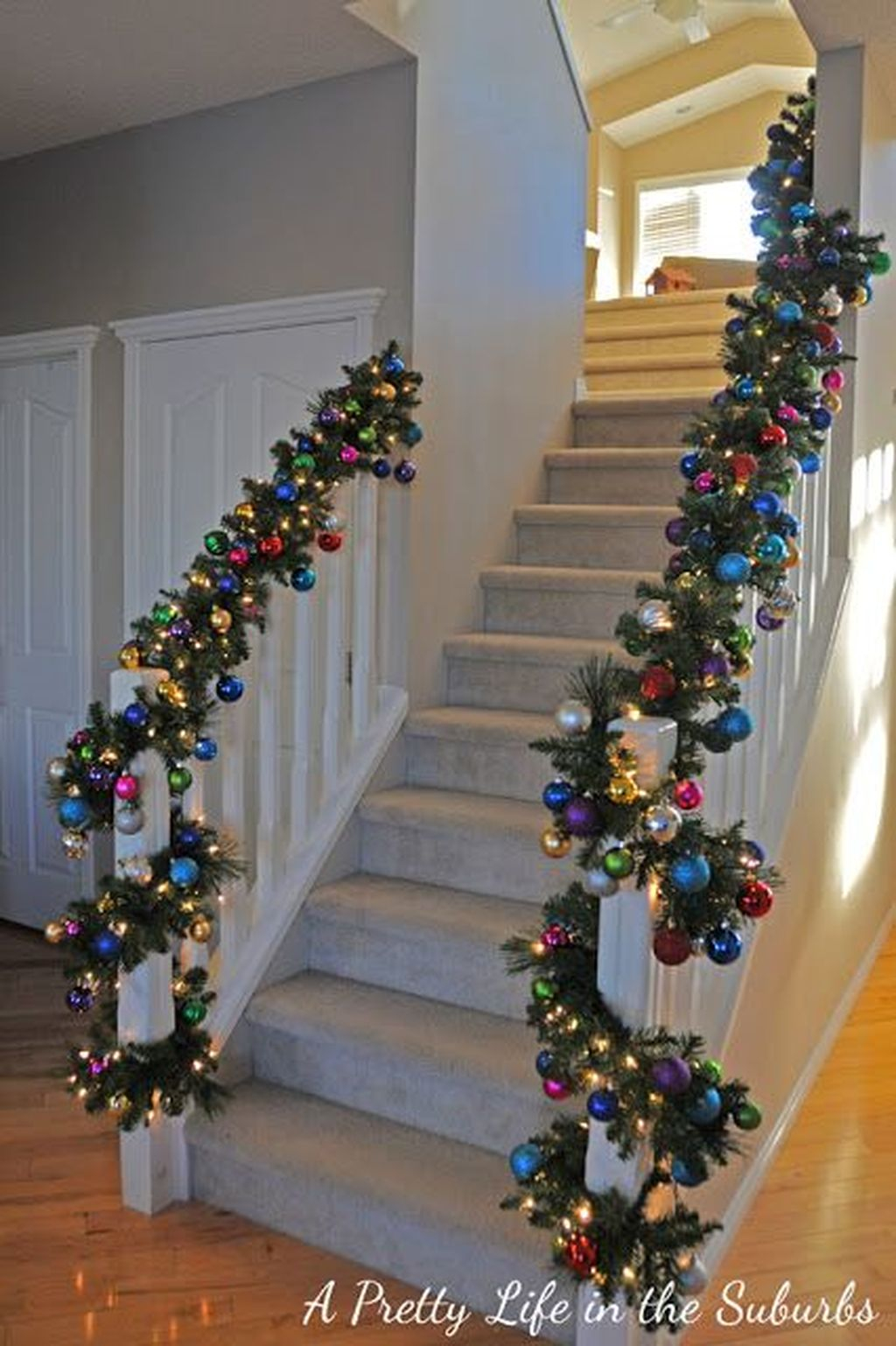 36 Charming Winter Staircase Design Ideas With Banister Ornaments To Try Asap