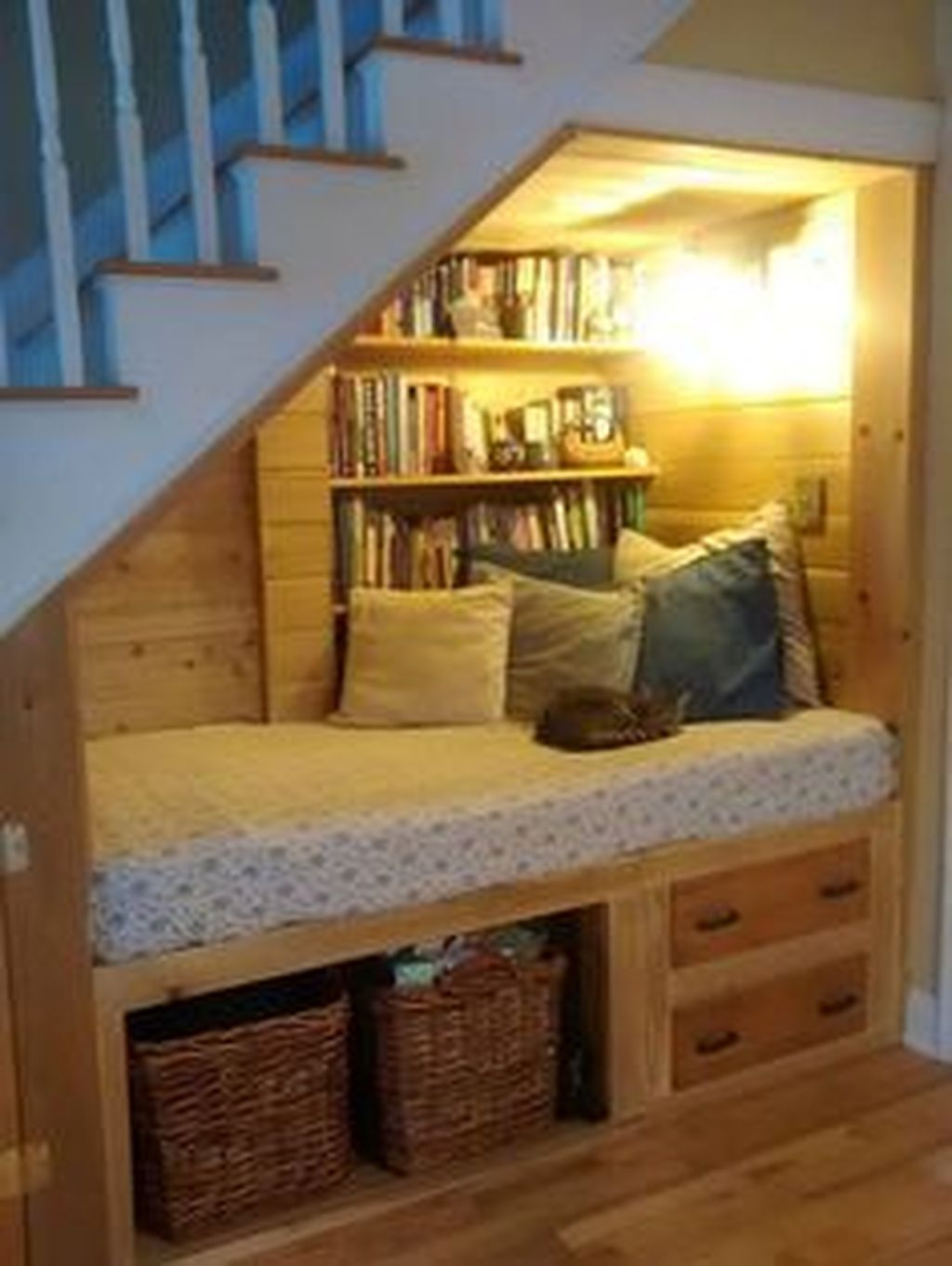 36 Enchanting Reading Nooks Design Ideas That You Need To Try